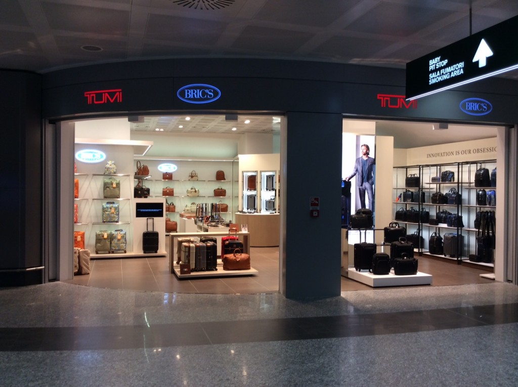 Bric's side by side store_Front_MXP Airport