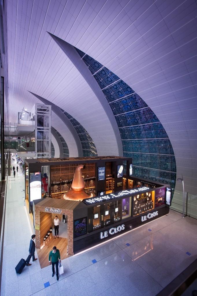 Le Clos Flagship Store - Concourse A, Terminal 3, Dubai International - high res