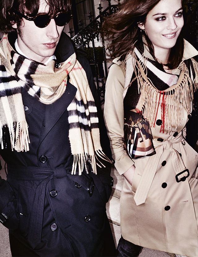 Testino gives Burberry a new look for Autumn