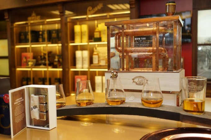 Ever Rich opens Dewar's Whisky Emporium at Taipei Airport