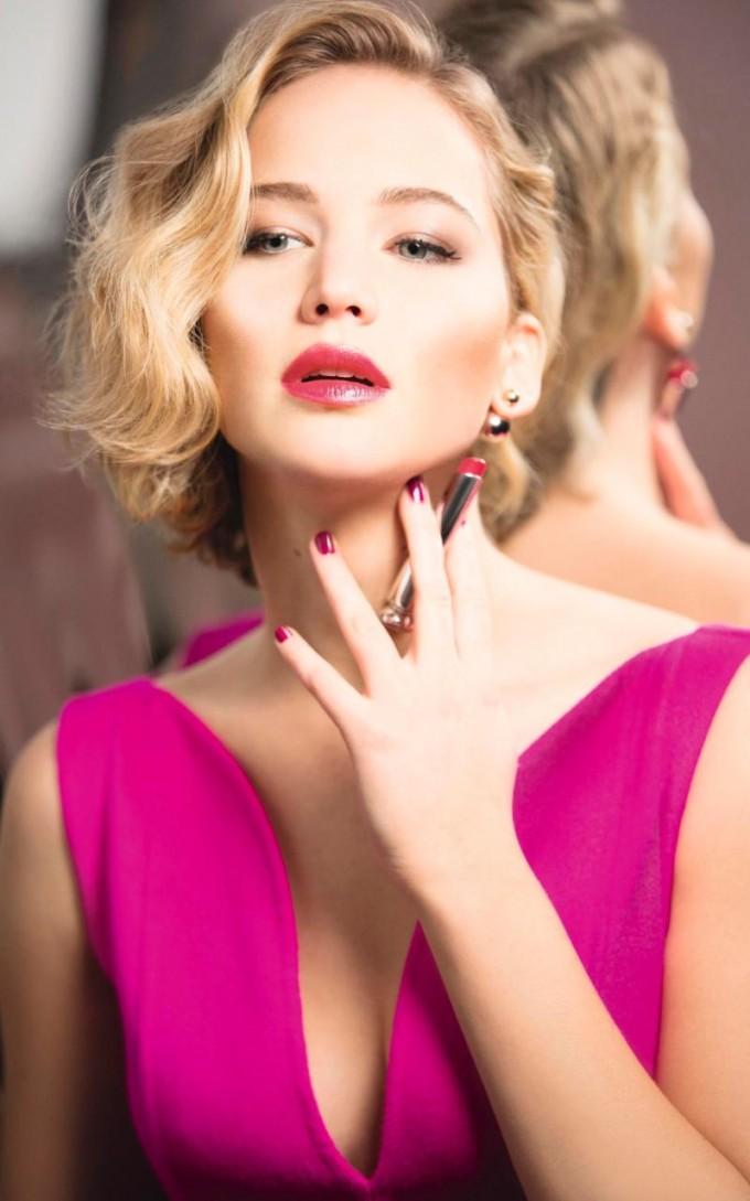 Jennifer Lawrence shines for Dior Addict