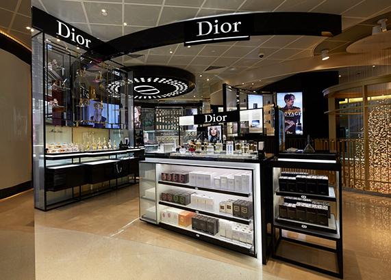 Christian-Dior-area