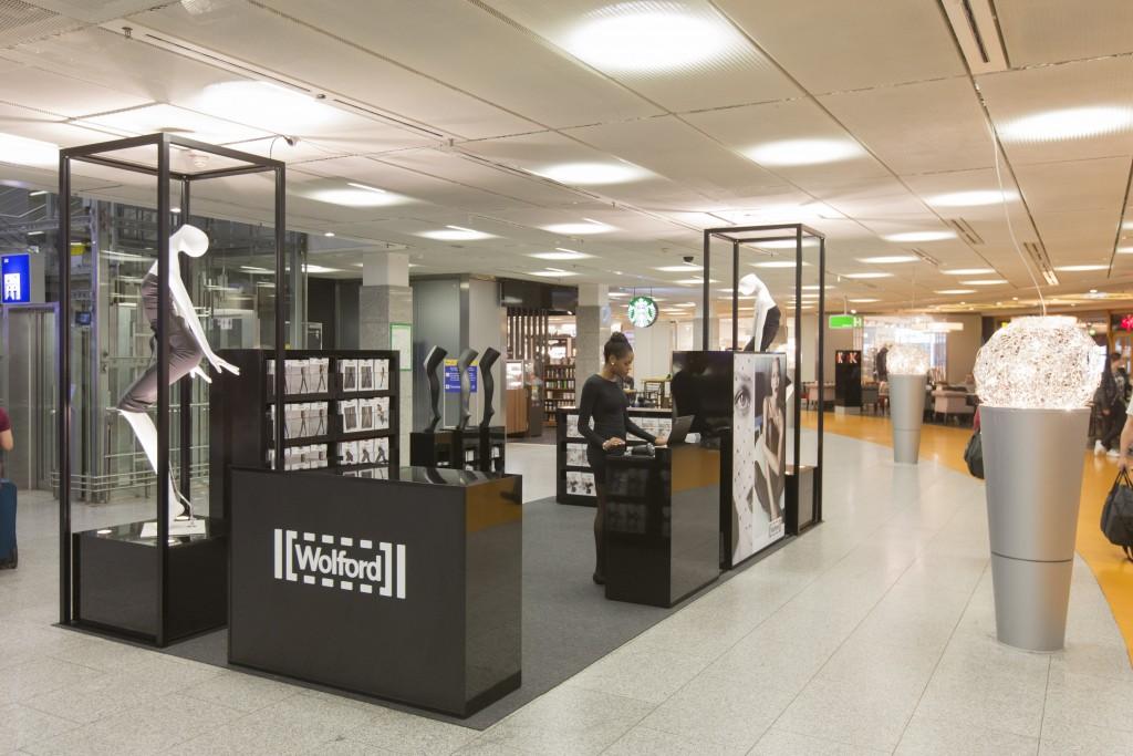 Wolford Pop Up Store, Frankfurt Flughafen, 09.10.2015, Fotograf: Martin Leissl