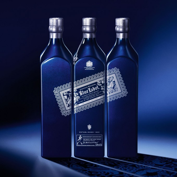 Johnnie Walker honours Singapore Airlines with special edition
