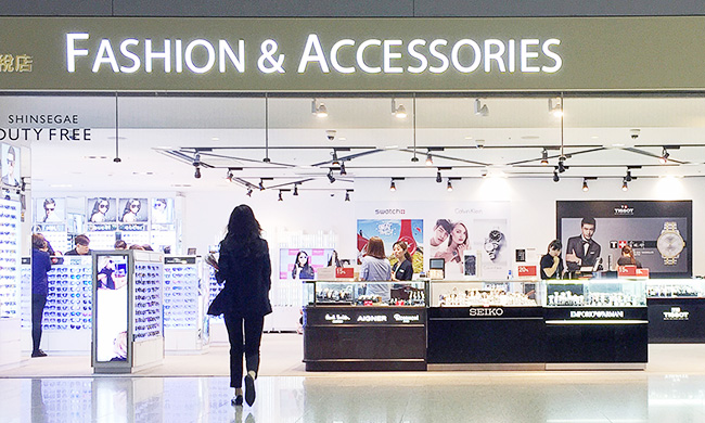 Shinsegae makes fashionable entrance at Seoul Incheon airport