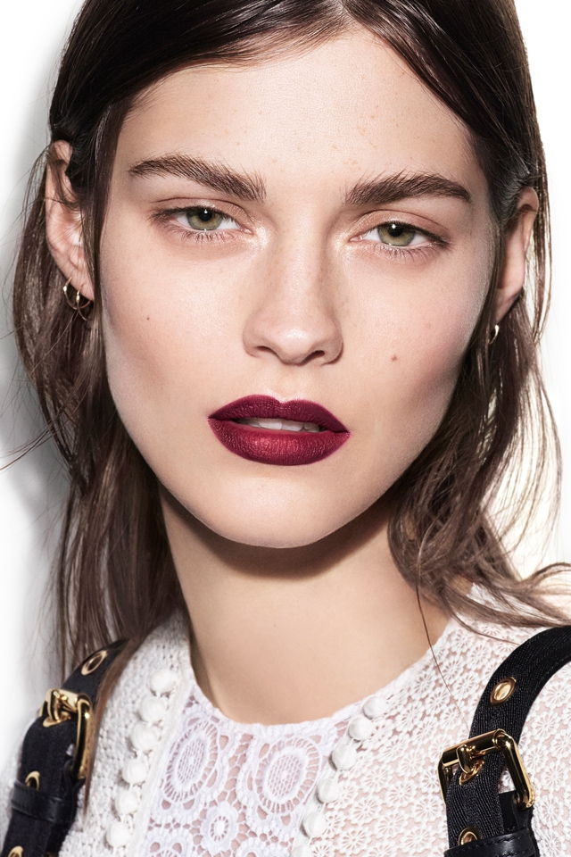 FIRST LOOK: Burberry launches Velvet & Lace make-up collection