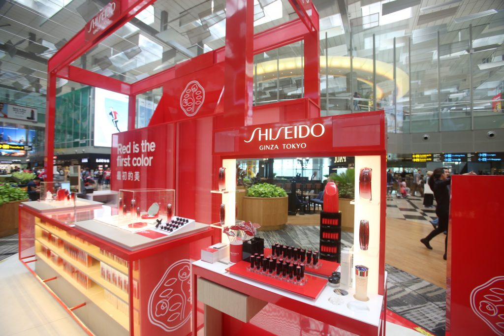 Shiseido Rouge Rouge Changi T3 - make-up counter