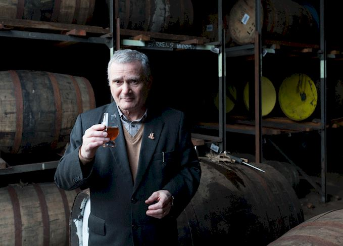 One for the Road: Jura unveils 22yo Limited Edition malt in tribute to retiring distillery manager