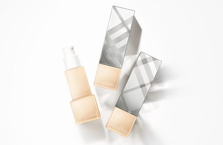 Burberry sees the light – Introducing Bright Glow Foundation