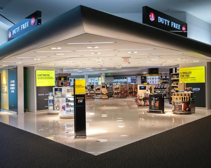 DFS welcomes Alipay shoppers at San Francisco airport