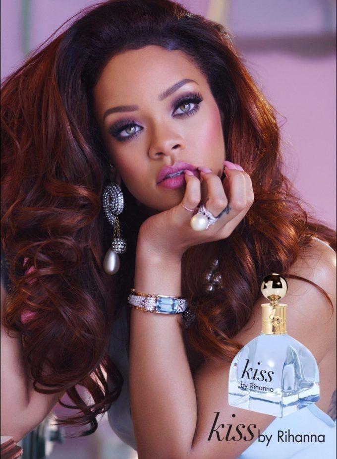 Rihanna launches new fragrance, Kiss