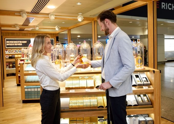 Dubai International opens Le Clos Fine wine and luxury spirits stores for arrivals at DXB T1