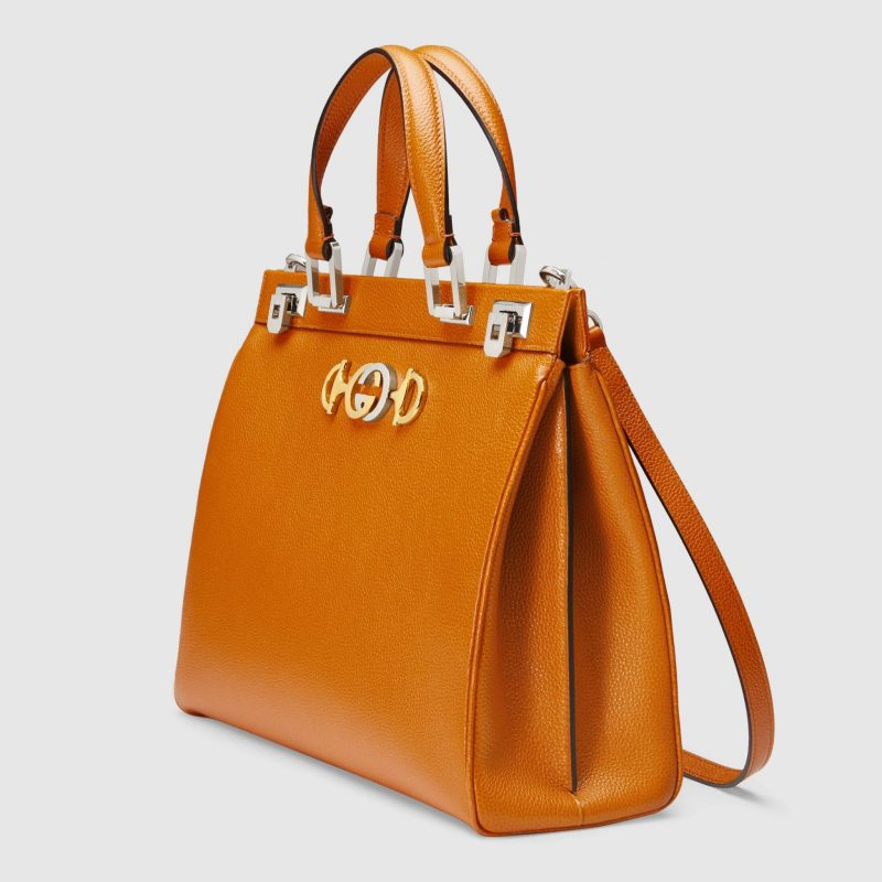 d9a9bf9f3129 Aside from the star handbag, the Zumi collection also runs to cover small  top handles, purses, wallets, card cases, shoulder bags and pouches.