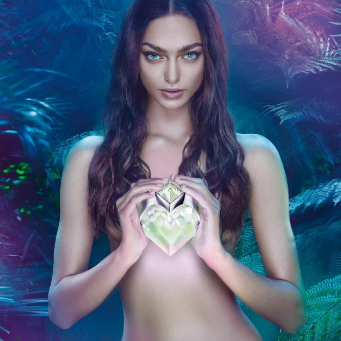 MUGLER unveils Sensuelle edition of AURA fragrance