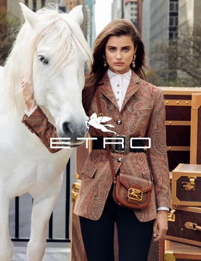 ETRO cast supermodels, NYC (and Pegasus) as stars of its FW19 campaign