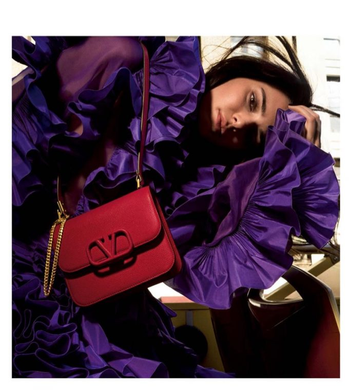 Kendall Jenner shows off the new Valentino VSLING bag