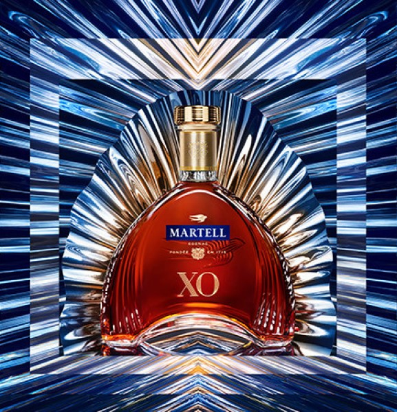 Martell XO reveals its new look to shoppers at major airports