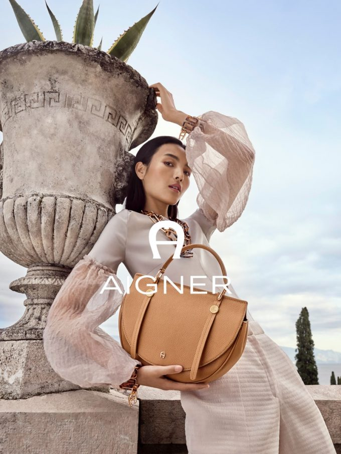 Aigner deploys disceet looks in new Spring/Summer 2020 Collection
