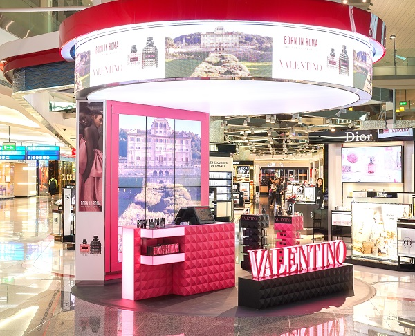 Valentino brings Roman style to the world's airports