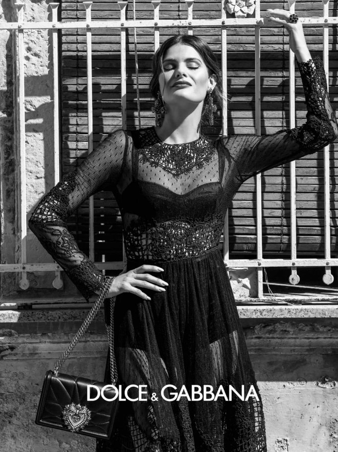 Dolce & Gabbana turns Black & White for Spring Summer 2020