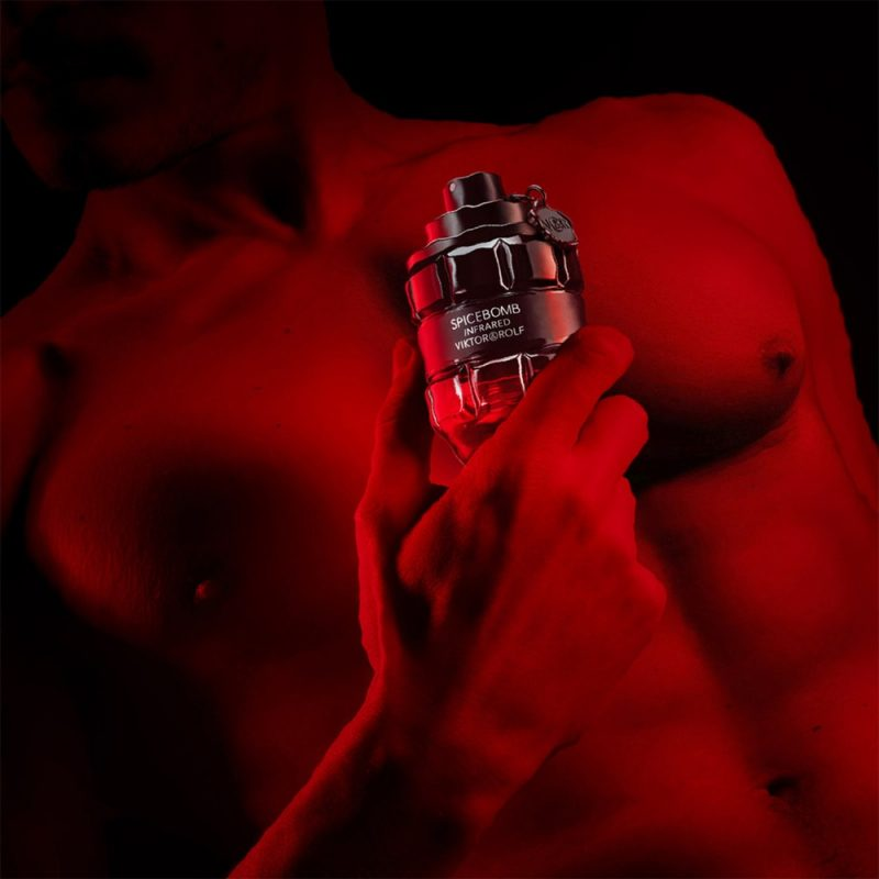 ? ? Viktor & Rolf unleashes Spicebomb Infrared edition ? ?